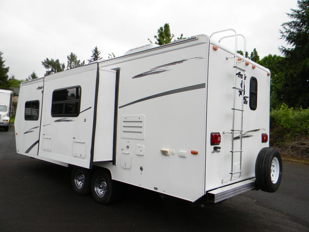 2004 Northwood Arctic Fox Vancouver Wa Us 13 900 00