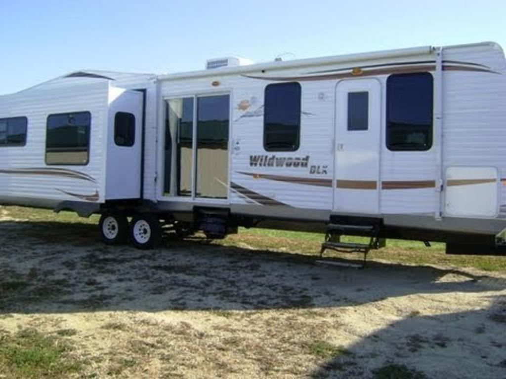 used 2 bedroom trailers   bedroom biji. 2 Bedroom Rv Gallery   Agemslife com