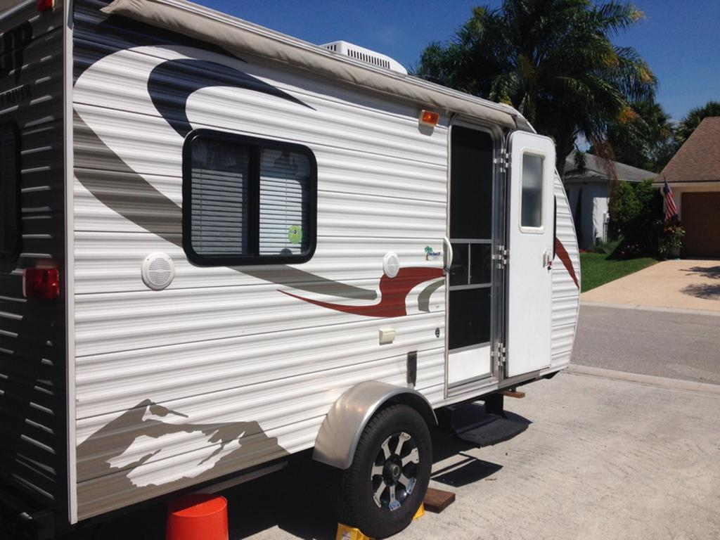 2010 forest river cherokee wolf pup greenacres fl us 7 travel trailers class travel. Black Bedroom Furniture Sets. Home Design Ideas