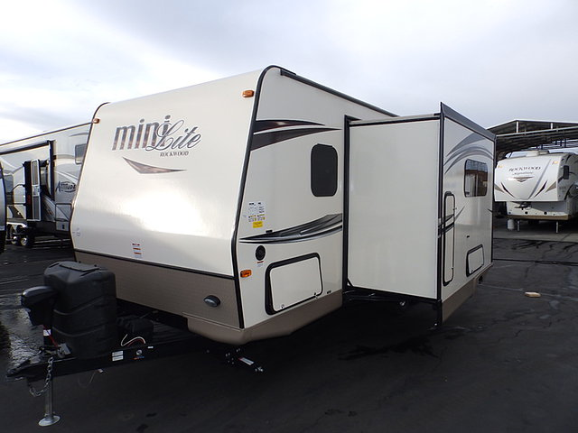 2015 Forest River Rockwood Mini Lite Photo