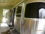 11 Airstream Classic Limited