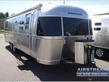 13 Airstream Flying Cloud