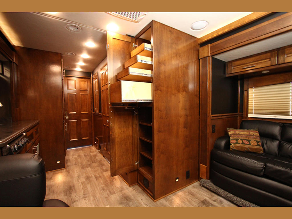 2015 Renegade Motorcoach, Mountain Home, ID US, 1600 Miles