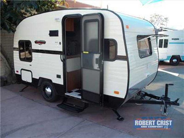 For Sale: Travel Trailers / Mesa, Az Options;package 1;retro Interior  Package;2.7 Gas/elect Refer;front Stone Guard Window;cable Tv Hookup;square  Bumper ...