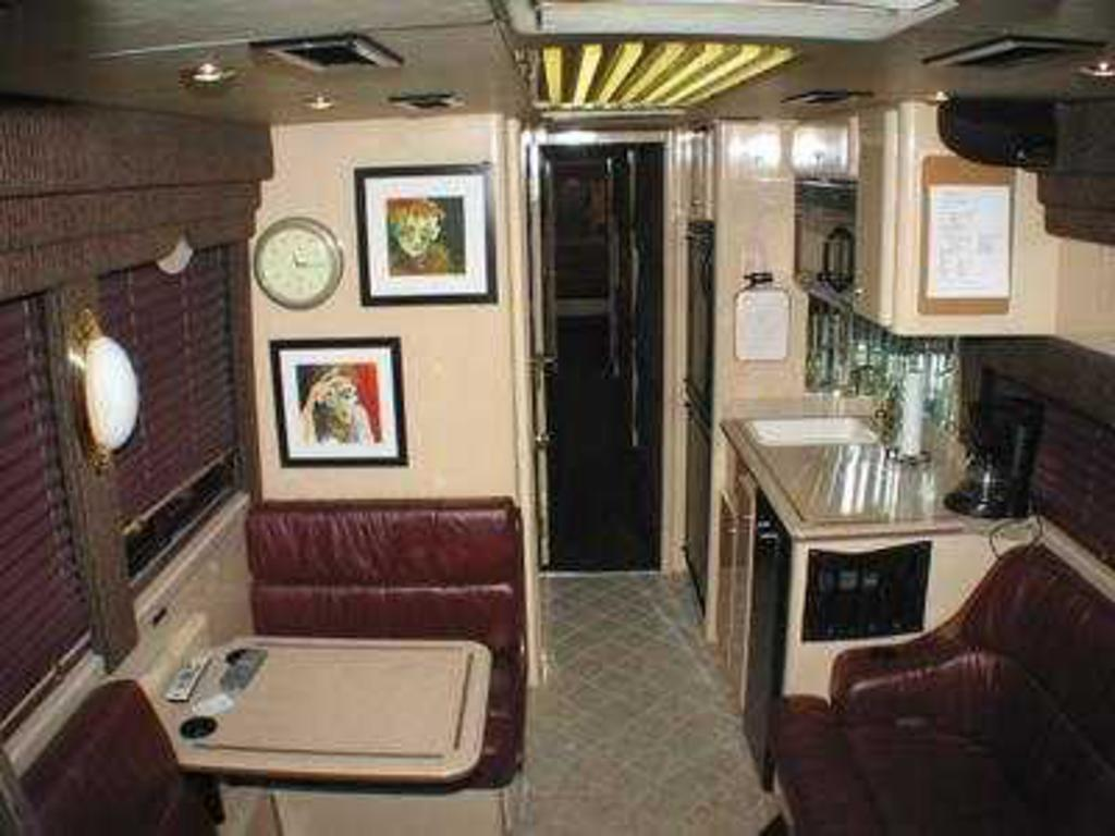 2000 Van Hool Vanhool Lebanon Tn Us 217 000 00 Stock