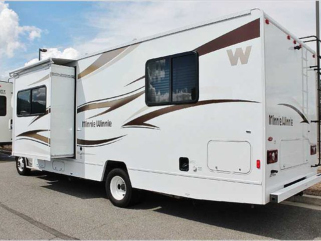 2014 Winnebago Minnie Winnie Photo