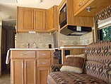 2006 Winnebago Minnie Winnie Photo #43