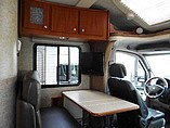 2009 Winnebago Navion Photo #5
