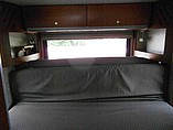 2009 Winnebago Navion Photo #9