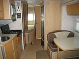 2006 Winnebago Navion Photo #5