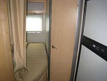 2006 Winnebago Navion Photo #11