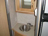 2006 Winnebago Navion Photo #12