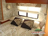 2007 Winnebago Outlook Photo #13
