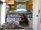2004 Winnebago Rialta Photo #8