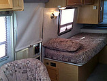 2005 Winnebago Rialta Photo #3