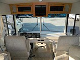 2003 Winnebago Sightseer Photo #5