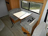 2003 Winnebago Sightseer Photo #7