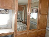2006 Winnebago Sightseer Photo #24
