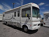 2004 Winnebago Sightseer Photo #2