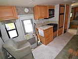 2004 Winnebago Sightseer Photo #17