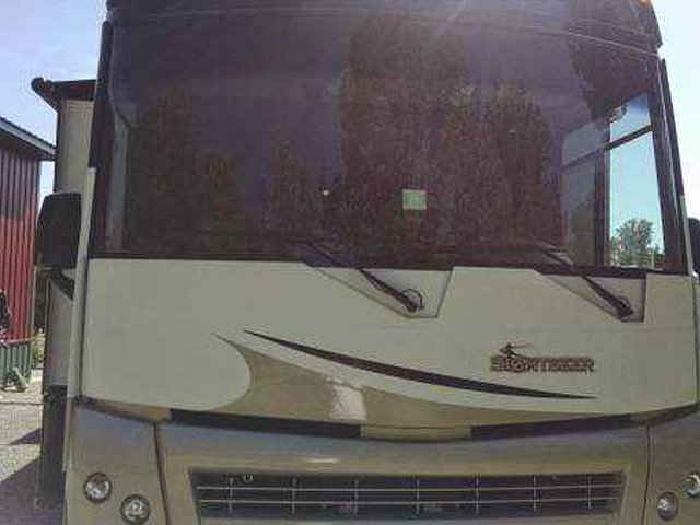 2011 Winnebago Sightseer Photo