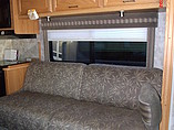 2007 Winnebago Sightseer Photo #7