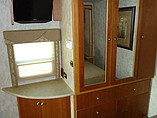 2009 Winnebago Sightseer Photo #24