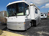 2001 Winnebago Ultimate Advantage Photo #2