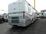 2001 Winnebago Ultimate Advantage Photo #13