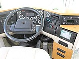 2003 Winnebago Ultimate Advantage Photo #3