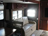 2014 Winnebago Ultralite Photo #15