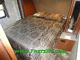2015 Winnebago Ultralite Photo #17