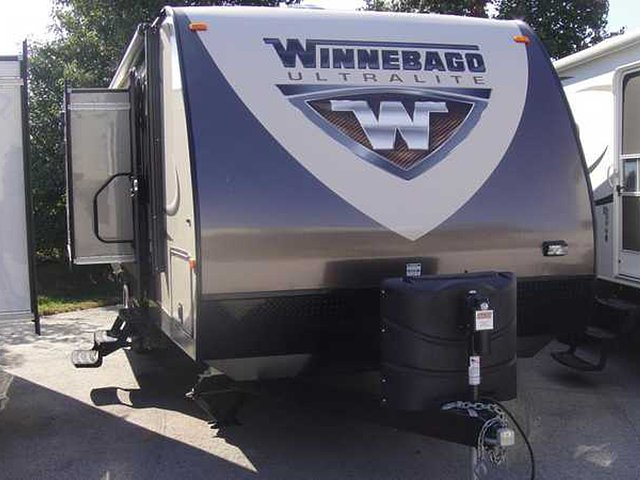 2014 Winnebago Ultralite Photo