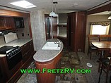 2015 Winnebago Ultralite Photo #25