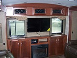2015 Winnebago Ultralite Photo #15