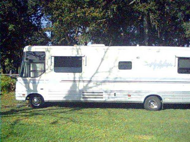 1994 Winnebago Vectra Photo