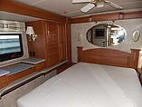 2005 Winnebago Vectra Photo #19