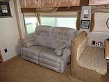 2007 Winnebago Vectra Photo #8