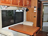 1999 Winnebago Vectra Photo #5