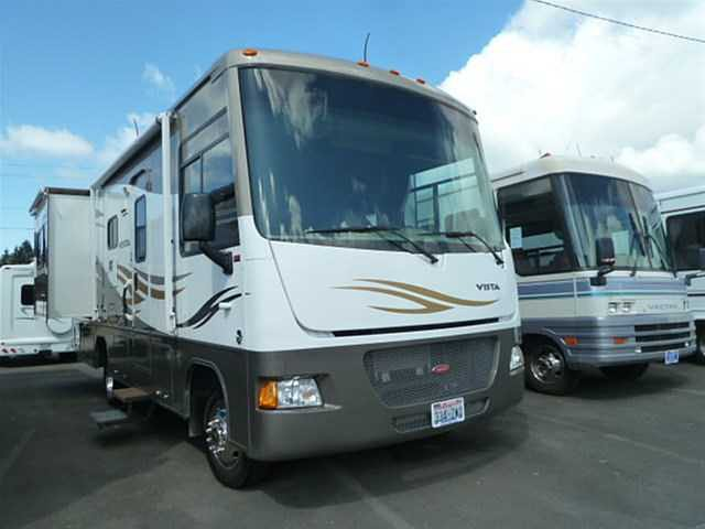 2010 Winnebago Vista Photo
