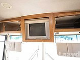 2007 Winnebago Vista Photo #35