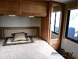 2010 Winnebago Vista Photo #28