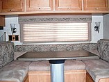 2008 Winnebago Vista Photo #9