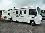 2011 Winnebago Vista Photo #2