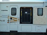 2011 Winnebago Vista Photo #10