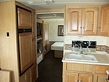 2011 Winnebago Vista Photo #16