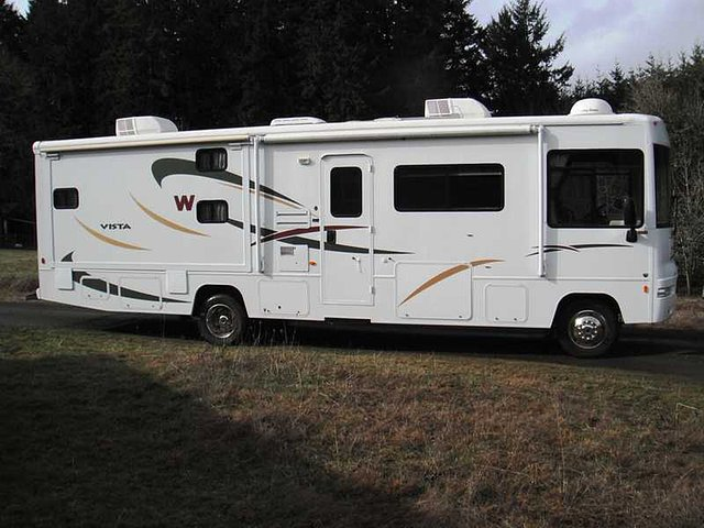 2008 Winnebago Vista Photo