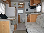 2002 Winnebago Vista Photo #18