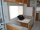 2002 Winnebago Vista Photo #20