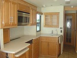 2007 Winnebago Voyage Photo #35